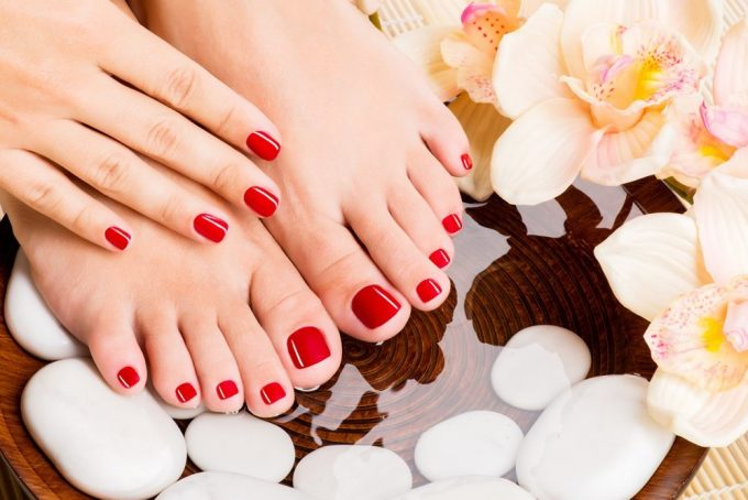 Treat Sick Feet and Tired Feet with Foot Spa and Heat